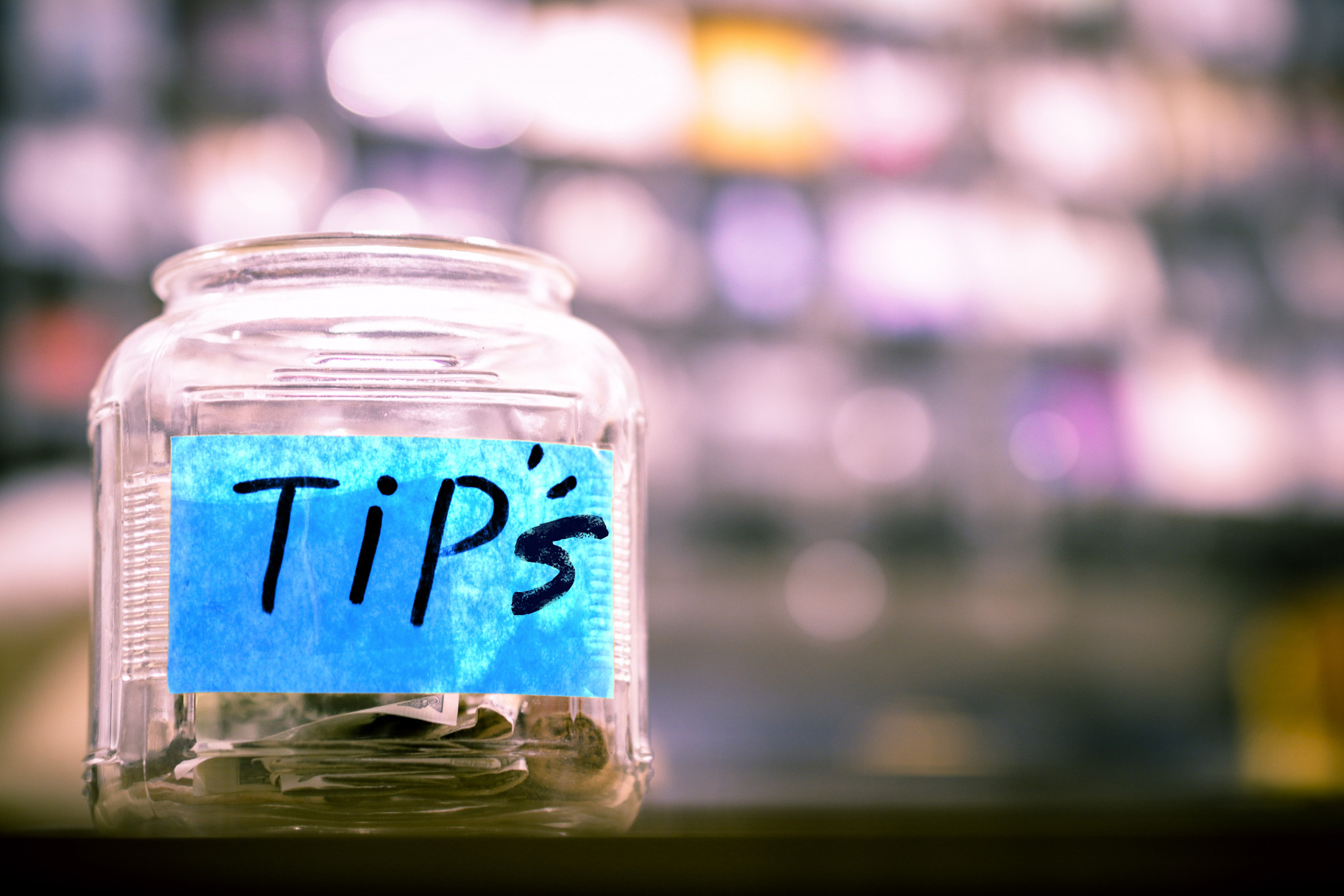 Top daily bookkeeping tips for small businesses